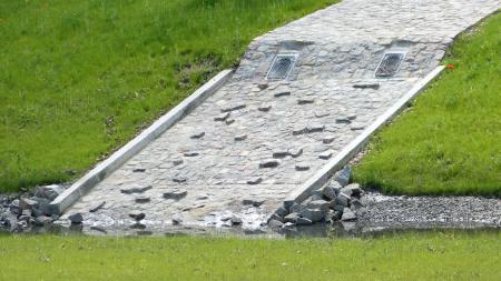 Regenwasserbecken mit Sedimentationsanlage