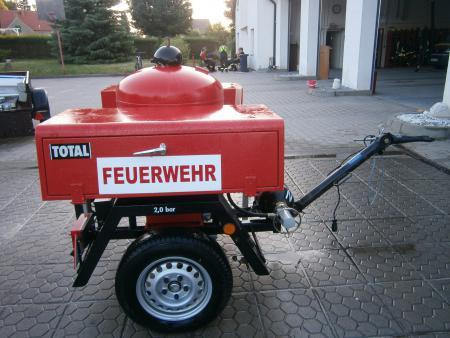 Feuerwehranhänger Pulver