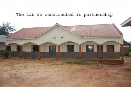 Partnerschule Uganda3.png