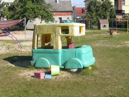 Plastik-Bus