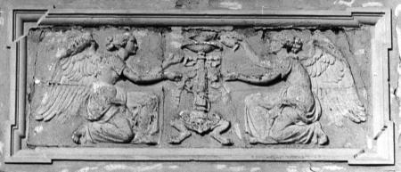 Relief an der Südseite des Rathauses