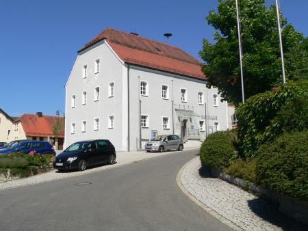 Rathaus Dieterskirchen.JPG