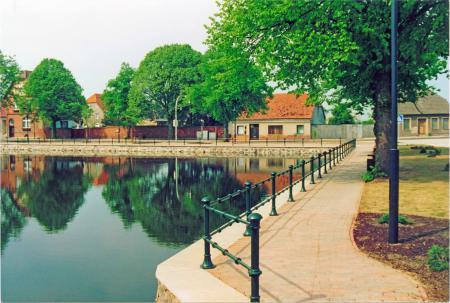 Seit der Bauabnahme am 5.5.1993 präsentiert sich der Ratmannsteich als sehenswerte Anlage mit sauberem Wasser und einer schönen Umgebung
