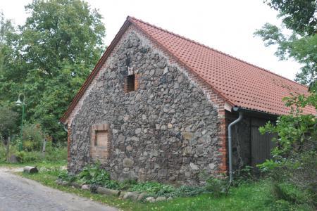 Feldsteingebäude