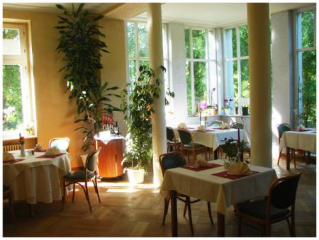 restaurant004.jpg