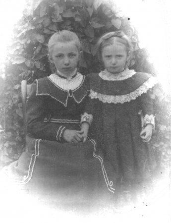 Die beiden Töchter von Emil Rothenhäuser: Käthe (links) und Marie (rechts)