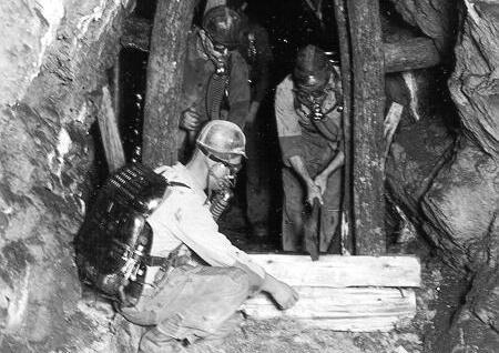 Rettungsübung auf Grube Fritz bei Essershausen, 1924