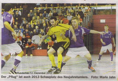 Rundschau 2012.12.12 Fussball Knüller zum Jahresauftakt Bild.jpg
