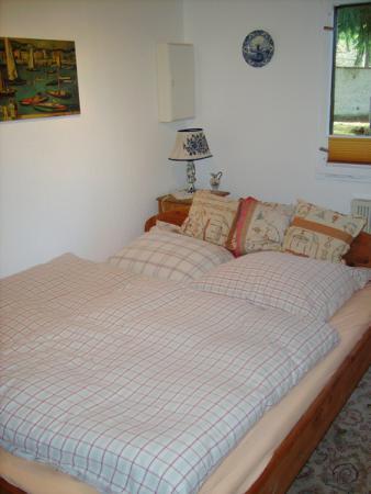 Schlafzimmer_UNA.jpg