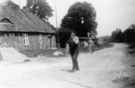 Tagelöhnerkaten (heute Haus-Nr. 21, 22 und 23 (1)