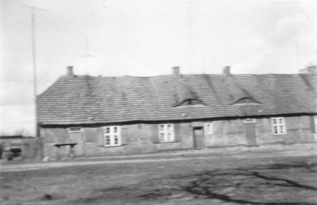 Tagelöhnerkaten (heute Haus-Nr. 21, 22 und 23 (2)