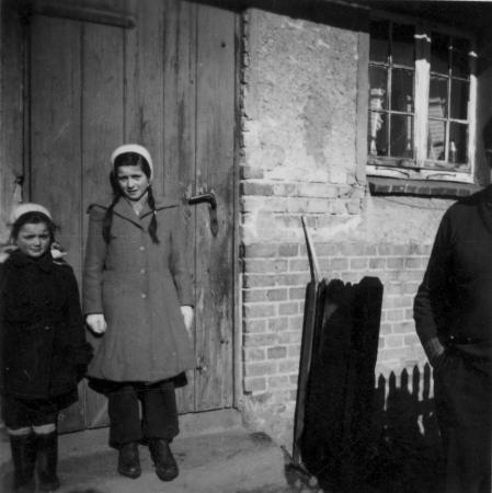 rechts: Johanna Hilbricht