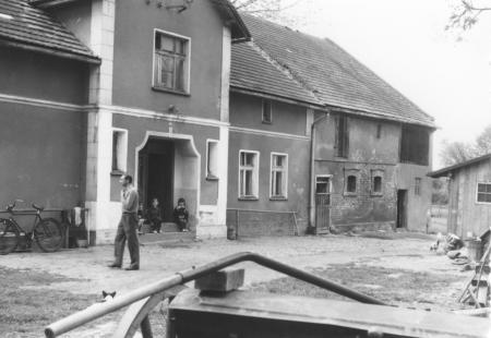 Das Elternhaus von Magdalena Schwarz, geb. Streibel in Wiese-gräflich 1971