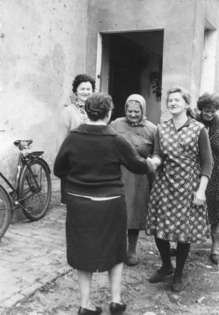 Maria Streibel besuchte 1971 zum ersten Mal ihre Heimat und wurde von den polnischen Bewohnern begrüßt
