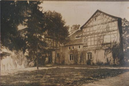 Schloss alt 1.jpg