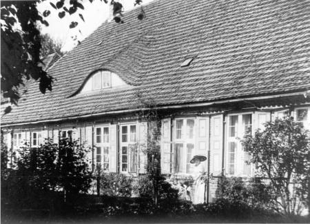 Rückseite des Herrenhauses in Schönkamp um 1930