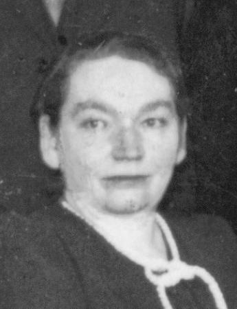 Pächterin Lola Mussäus