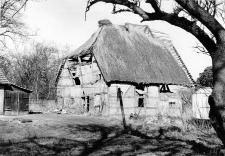 Die alte Scheune auf dem Pfarrhof (Aufnahme von 1978)