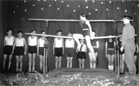 Schauturnen 1956 (4)