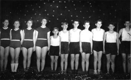 Schauturnen 1956 (1)