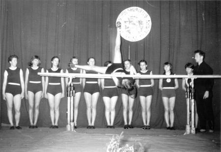 Schauturnen 1956 (2)
