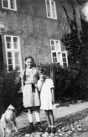 Louise Wandel und Irmchen Schmidt