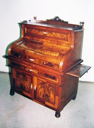 Sekretär3, um 1860, Nussbaum furniert.jpg