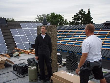 DDM G. Koch, Photovoltaikanlage Solesia mit Dachziegel Heidelberger von Eternit