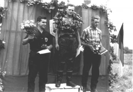 1959, von links: Helmut Möller, Klaus Matznick, Schröder