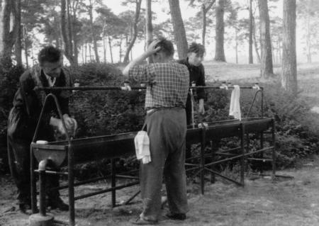 Sanitäre Einrichtung, Bäderrundfahrt 1956
