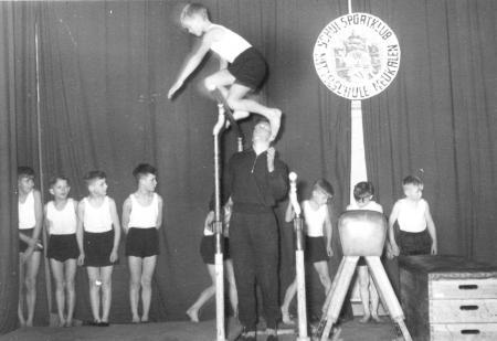 Schauturnen 1956 (7)