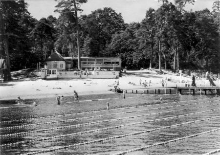 Die Badeanstalt am Darguner Klostersee um 1965