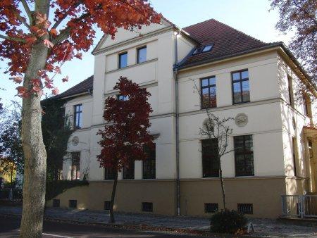 Stadt- und Kreisbibliothek.JPG