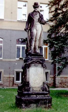Thaer-Denkmal Kaaden (Tschechien) vor der Restauration