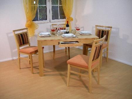Tisch Neustadt SKE5 + Stuhl Bozen in Buche
