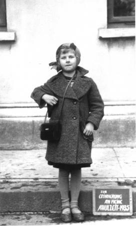 Einschulung von Ursula Ziegler 1935