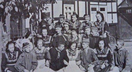 Trachtengruppe1937