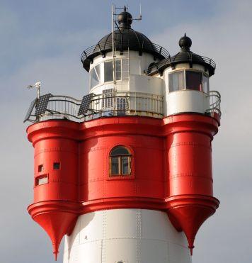 Turm mit neuem Fenster