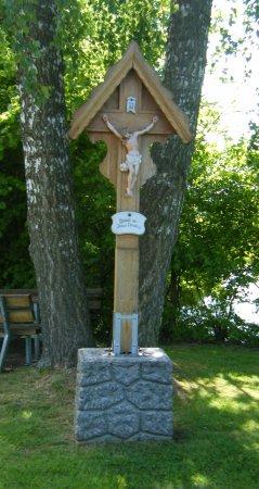 Unternankau Holzkreuz