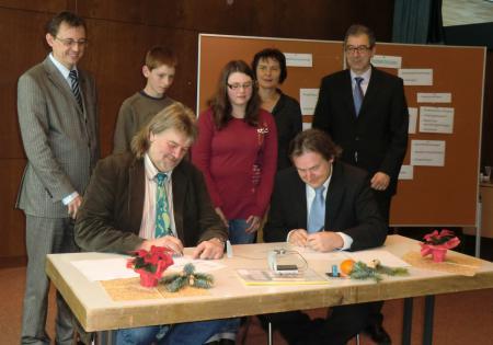 Unterschriften - hp.JPG