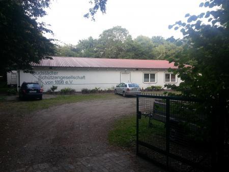 Vereinsheim_Längsseite.jpg