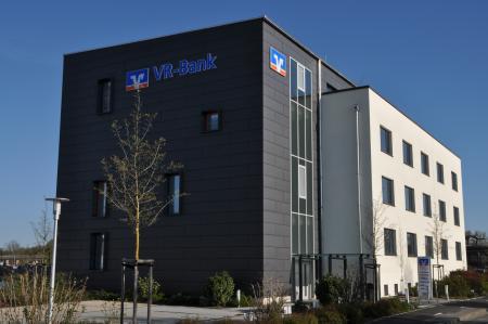 Verwaltungsgebäude VR Bank Schweinfurt 01.JPG