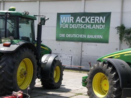 Traktorenausstellung2