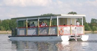 Wasserkremser auf dem Schweriner See