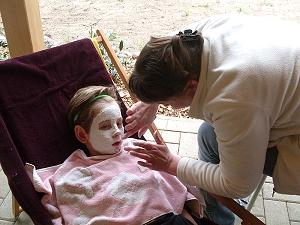 Zur Verschönerung eine Gesichtsmaske ?