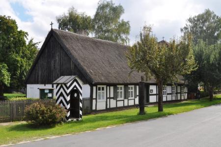 Schul- und Bethaus in Wuschewier