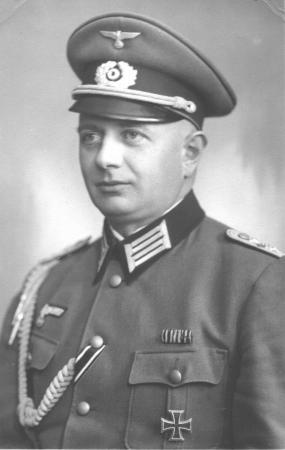 Franz Ziegler als Offizier im II. Weltkrieg