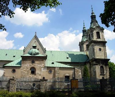 Bild 01: Kloster Heiligenkreuz