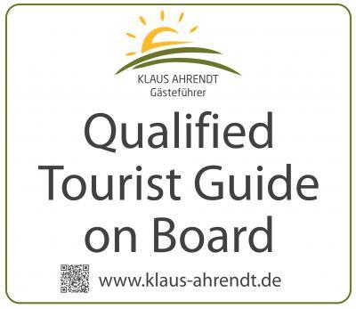 Unser zertifizierter Reiseleiter (IHK) Klaus Ahrendt ist mit an Bord.