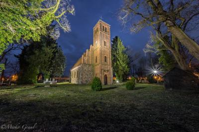 Dorfkirche Ladeburg im Advent